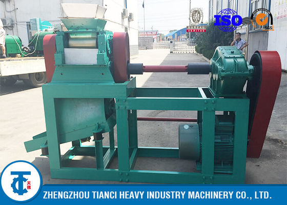 Inorganic Compound Fertilizer Double Roller Granulator , Extrusion Pellet Machine
