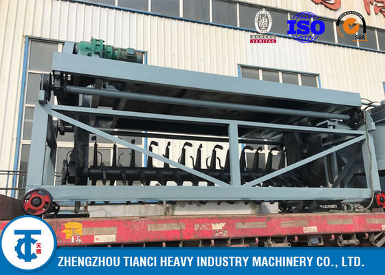 China Fish Waste Compost Turner Machine , 600mm - 1000mm Turing Height Composting Equipment distributor